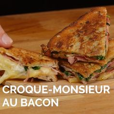 Croques fondants and drinks videos Croque croustillant au bacon et fromage Bacon, Tasty Videos, Food Videos, Cheese Sandwich Recipes, Burger Recipes, Clean Eating Snacks, Love Food, Food Porn, Easy Meals
