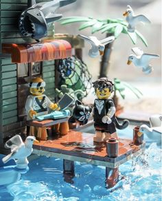 What will you do for April Fools? Amazing Lego Creations, Lego Pictures, Lego Ninjago Movie, Lego Mecha, All Lego, Lego Modular, Lego Room, Lego Worlds, Lego Photography