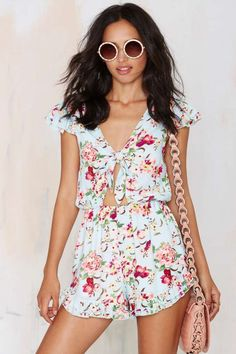 Take A Peek Floral Romper | Shop Clothes at Nasty Gal!