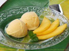 Mangoeis mit Kokosmilch