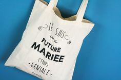 Les abonnées de la #DentelleBox de décembre sont des futures mariées (TROP) géniales grâce à ce tote-bag de chez Marcel et Lily !!! :D Marcel Et Lily, Tods Bag, Silhouette Portrait, Beautiful Day, Got Married, Party Time, Marie, Bridal Shower, Design Inspiration