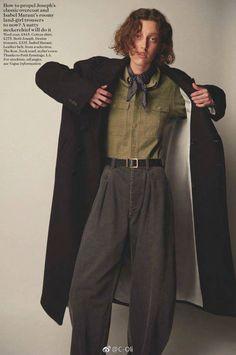 Publication: Vogue UK September 2017 Model: Elien Swalens, Rose Valentine, Amber Witcomb Photographer: Glen Luchford Fashion Editor: Jane How Hair: Didier Malige Make Up: Yadim Looks Street Style, Looks Style, My Style, 80s Fashion, Fashion Outfits, Queer Fashion, Fashion Editor, Androgynous Fashion, Vogue Uk