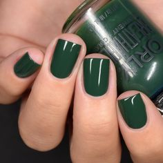 Dark Green Nails, Dark Nails, Dark Green Nail Polish, Holiday Nails, Christmas Nails, Nail Polish Colors, Gel Polish, Lip Bars, Stylish Nails