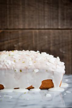 Lime-Coconut Quick Bread: i am making this on sunday! Bread Cake, Dessert Bread, Bread Food, Scones, Coconut Quick Bread, Baking Recipes, Dessert Recipes, Quick Cake, Cupcakes