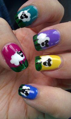 by iamsparkli, via Flickr... sheepy nails!!!!