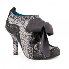 Abigails Party from Irregular Choice - Oh how I hope and wish for a place to wear these!