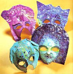 Máscaras de papel maché