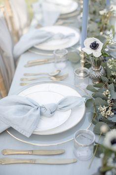 Pale Blue Wedding Table Setting Napkins Wedding - Home Decor Blue Table Settings, Wedding Table Settings, Setting Table, Wedding Linens, Wedding Napkins, Wedding Table Themes, Dusty Blue Weddings, Martha Stewart Weddings, Decoration Table