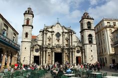 2012-Catedral de San Cristobal anagoria 01 - Cuba – Wikipédia, a enciclopédia livre > A Catedral de São Cristóvão de Havana.