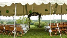Let your wedding and reception reflect peace and tranquility with a special country wedding Group hayrides and school tours are a fall tradition throughout Greater Kansas City at Weston Red Barn Farm and Orchard, just north of Kansas City, Missouri