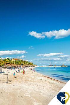 Este pueblo de pescadores y balnearios está a medio camino entre Cancún y Playa del Carmen en la Riviera Maya de México.