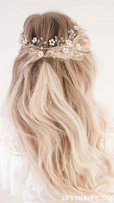 Bridal Hairstyles for Perfect Big Day; Braid styles for long or medium length hair; Easy hairstyles for women. Hairstyles for long hair Bridal Hairstyles for Perfect Big Day Cute Hairstyles For Medium Hair, Best Wedding Hairstyles, Medium Hair Styles, Braided Hairstyles, Short Hair Styles, Funky Hairstyles, Hair Styles For Prom, Hairstyle For Medium Length Hair, Hairstyles For Women
