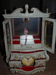 vintage wooden jewellery box With Musical Dancing Ballerina