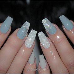 Sparkles & Matte Nails