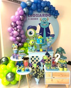monsters inc party favor Boys First Birthday Party Ideas, 1st Birthday Party Invitations, Birthday Party Decorations, Monster University Birthday, Monster Inc Birthday, Monster Inc Party, Monsters Inc Halloween, Monsters Inc Baby, Boy Decor