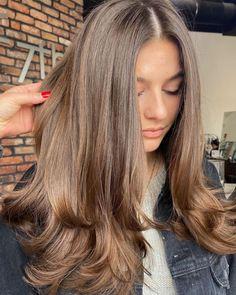 Haircuts Straight Hair, Long Hair Cuts, Long Layered Haircuts, Brown Hair Balayage, Cut My Hair, Your Hair, Hair Shades, Aesthetic Hair, Brunette Hair