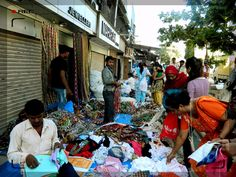 Monday Market in India