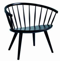 Yngve Ekström har designet denne flotte stol for Stolab, der har referencer tilbage til Shakerstilen. Han designede den i 1955 og den er nu relanceret af Stolab. Den fås i birketræ og eg, og den findes i flere varianter - naturolieret, naturlakeret, matlakeret eller hvidpigmenteret. Herudover findes den også i bejdset udgave i 10 farver. DesignYngve EkströmMaterialerBirk, egStørrelseB72 x H67 x L54 cm