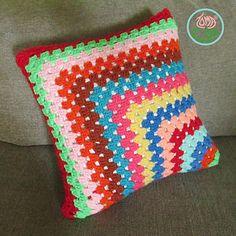 Conteporary_granny_square_pillow_1_small2