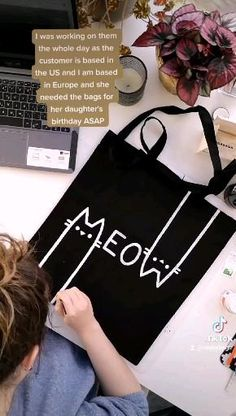 Sacs Design, Diy Tote Bag, Fabric Stamping, Custom Tote Bags, Diy Canvas Art, Fabric Bags, Diy Home Crafts, Diy For Kids, Netherlands