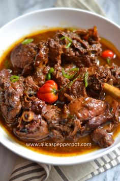 Guyanese Recipes, Oxtail Recipes, Haitian Food Recipes, Indian Food Recipes, Ethnic Recipes, Trinidad Stew Chicken Recipe, Chicken Recipes, Chicken Treats, French Toast