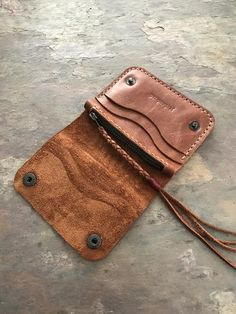 it's a coin bag. Leather Phone Case, Leather Wallet, Leather Bag, Leather Gifts, Handmade Leather, Notebook Case, Handmade Wallets, Coin Bag, Leather Projects
