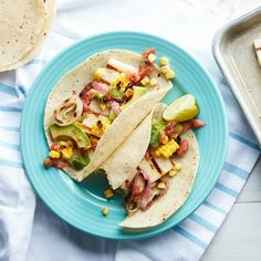 Grilled cheese: it's not just for sandwiches anymore.do tacos count as sandwiches? While you're discussing, grab the recipe for these grilled halloumi tacos in our bio, and happy Cinco! Quick Vegetarian Dinner, Vegetarian Grilling, Healthy Grilling, Vegetarian Recipes Dinner, Dinner Recipes, Party Recipes, Dinner Ideas, Keto Recipes, Barbecue Recipes