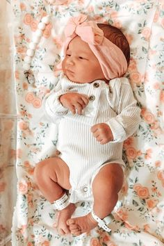 Baby Girl Pictures, Cute Baby Pictures, Baby Outfits Newborn, Baby Girl Newborn, Newborn Fashion, Cute Babies Newborn, Newborns, Baby Boys, Cute Baby Girl Outfits
