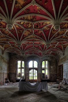 beautiful - how could this become abandoned?