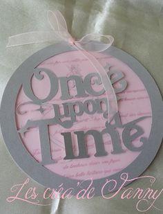 """Faire part princesse """"Il était une fois""""  Le faire part est composé de : - 1 disque argenté avec découpe """"Once upon a time"""" - 1 disque calque - 1 disque rose clair avec le - 14667539"""