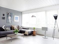 Grå kontrastvegg Bonytt.no Industrial Loft, Work Surface, Modern Kitchen Design, Dining Bench, Living Room, Interior Design, Table, House, Lighting