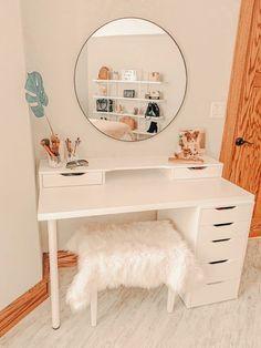 Cute Bedroom Decor, Room Design Bedroom, Room Ideas Bedroom, Ikea Room Ideas, Bedroom Inspo, Room Decor Boho, Girl Room Decor, Boho Teen Bedroom, Cute Desk Decor