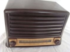 Admiral Bakelite Radio Model No. 6T016A1IV by QuiltBlocksandMore, $64.98