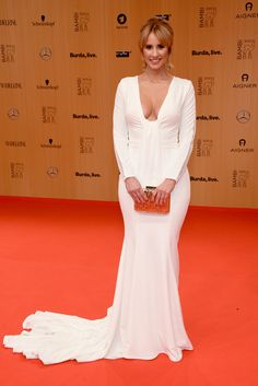 Mareile Hoeppner Photos - Mareile Hoeppner attends the Bambi Awards 2015 at Stage Theater on November 2015 in Berlin, Germany. - BABOR at Bambi Awards 2015 - Red Carpet Arrivals Celebrity Fashion Looks, Celebrity Style, Sexy Outfits, Rebecca Mir, Bambi Awards, German Women, German Ladies, High Fashion Trends, Chic