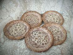 DIY Decoupage: Vintage Coasters! ArteDiDeco [CC]... Μεταλλικά σουβέρ! Decoupage, Coasters, Decorative Plates, Vintage, Diy, Home Decor, Decoration Home, Bricolage, Room Decor