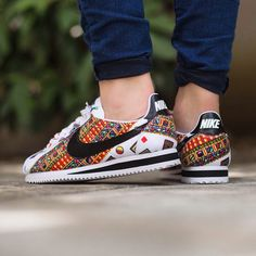 """Nike Wmns Classic Cortez """"Liberty"""" Quickstrike drops tomorrow Friday, 15th May 2015 Instore and Online @titoloshop Berne 