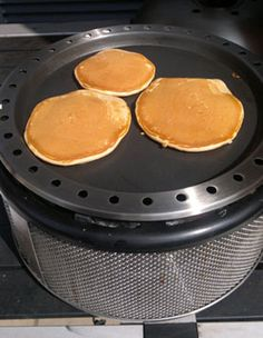 Ingredients 1 cups all-purpose flour 6 tablespoons sugar 2 teaspoons baking powder teaspoon salt 1 cups milk cup chocolate peanut butter 1 teaspoon vanilla essence 2 … Fire Cooking, Outdoor Cooking, Easy Cooking, Oven Recipes, Grilling Recipes, Cooker Recipes, Cobb Cooker, Cobb Bbq, Peanut Butter Pancakes