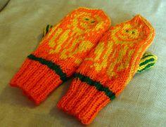 Lion mittens by Torirot, via Flickr
