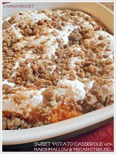 Jam Hands: Sweet Potato Casserole with Marshmallow & Pecan-Streusel