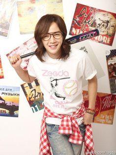 Jang Keun Suk - He's good looking