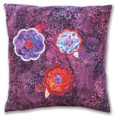 Blooms Pillow Free Pattern: Robert Kaufman Fabric Company
