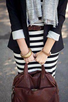 Quiero un vestido de rayas, no veo todos los detalles de este pero tiene rayas y me encanta