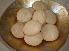Amaretti: Traditional Italian Cookies
