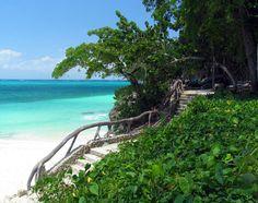 Playa Esmeralda, Guardalavaca, Cuba