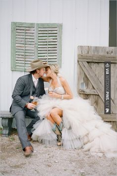 Yes - country western wedding ideas | CHECK OUT MORE IDEAS AT WEDDINGPINS.NET | #weddings #rustic #rusticwedding #rusticweddings #weddingplanning #coolideas #events #forweddings #vintage #romance #beauty #planners #weddingdecor #vintagewedding #eventplanners #weddingornaments #weddingcake #brides #grooms #weddinginvitations