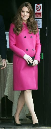 Who made Kate Middleton's pink coat, jewelry, clutch handbag, and pumps? Love her style Kate Middleton. Princesa Charlotte, Princesa Kate, Duchess Kate, Duke And Duchess, Stephen Lawrence, Princesse Kate Middleton, Silk Coat, Prince William And Catherine, Kate Middleton Style