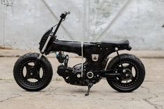 This excellent chopper motorcycle biker chick is definitely a very inspiring and fantastic idea Custom Moped, Custom Choppers, Custom Harleys, Custom Bikes, Triumph Motorcycles, Concept Motorcycles, West Coast Choppers, Honda Cub, Chopper Motorcycle
