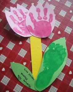 Ideas for baby crafts handprint mom Baby Crafts, Toddler Crafts, Preschool Crafts, Easy Crafts For Kids, Diy For Kids, Grandmother's Day, Fathers Day Crafts, Parent Gifts, Flower Cards