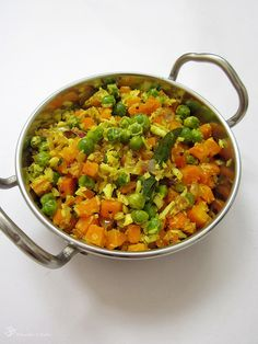 Recepty z Indie Green Peas, Indie, Chana Masala, Coconut, Vegetarian, Dishes, Ethnic Recipes, Food, Tablewares