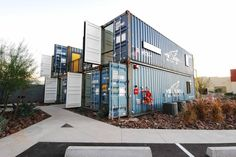 container apartments with courtyard